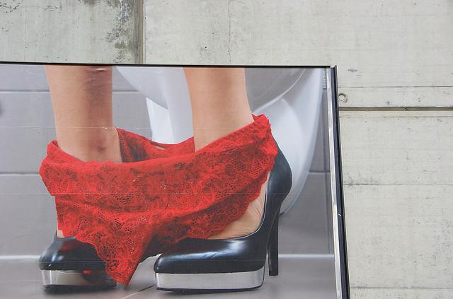 pubblicità donne, foto cc twicepix